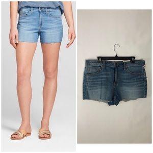 • high rise shorts •